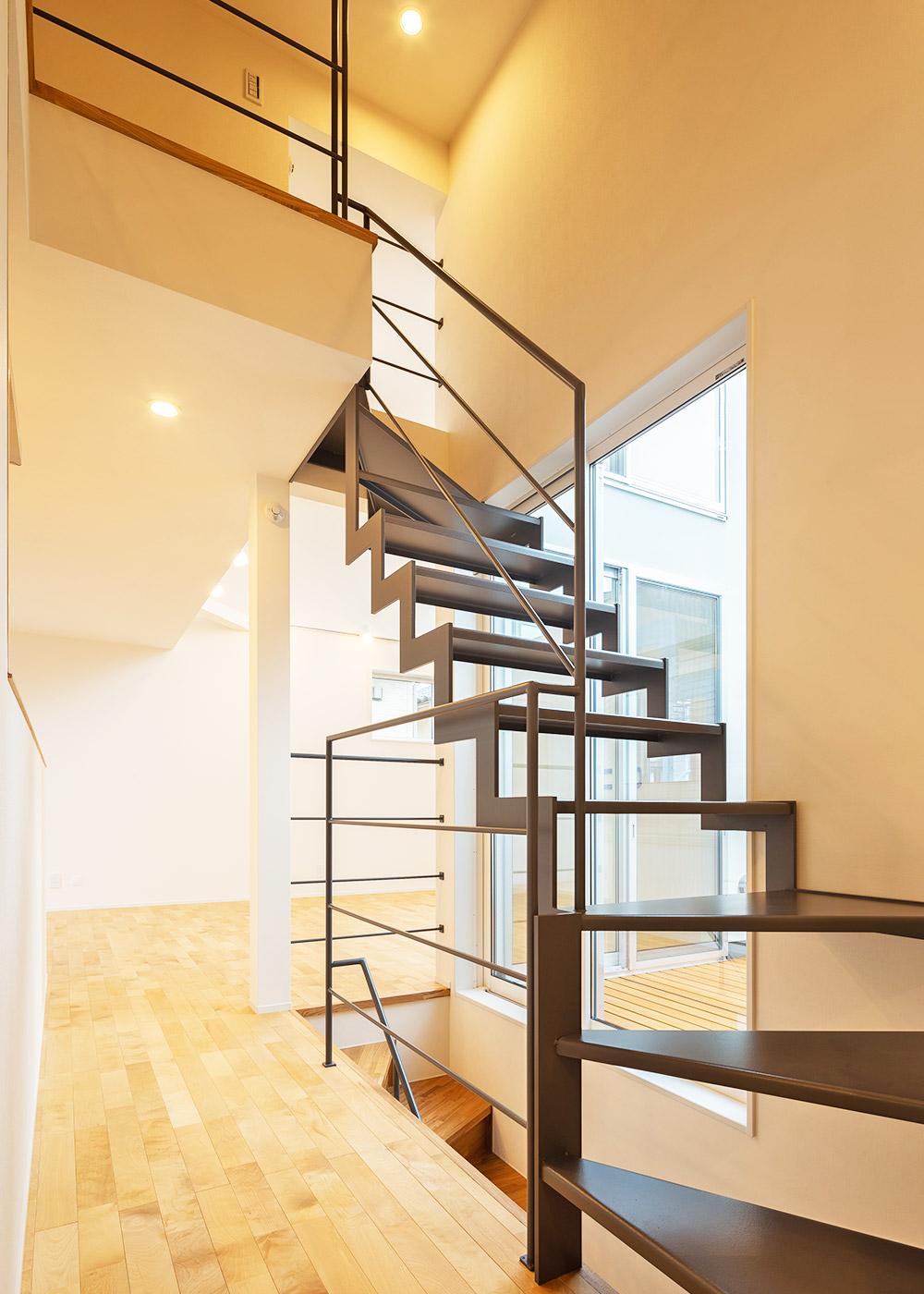 鉄骨階段 / 階段施工例 | デザイン住宅・リノベーションの1010house